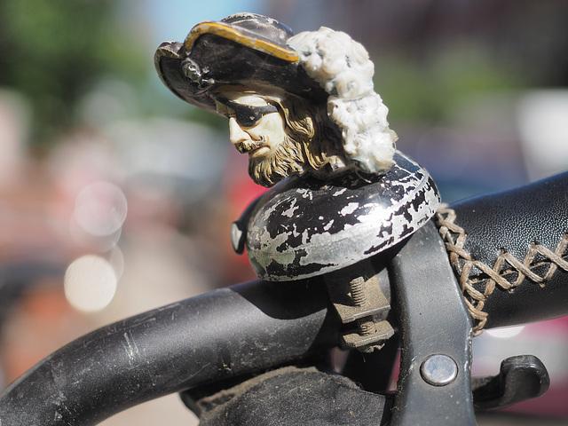 Fahrradklingel geentert  03/50