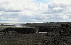 der Jökulsá á Fjöllum-Canyon zwischen Dettifoss und Selfoss (© Buelipix)