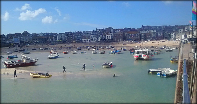 The Hokey - Cokey, St Ives Harbour style