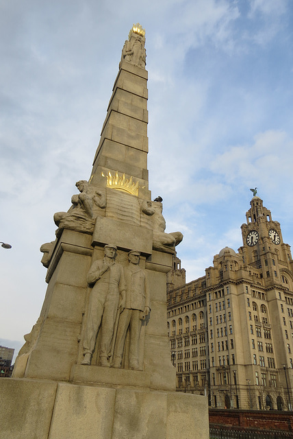 titanic memorial liverpool