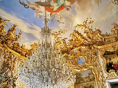 101 0171ac Crystal Chandelier and Ceilings Frescoes