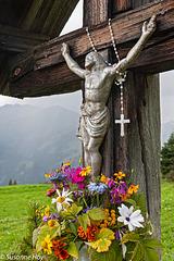 Blumen und Kreuz - Flowers And Cross