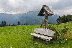Das Almkreuz - The Crucifix On The Mountain Pasture (4xPiP)