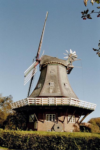 """Galerie-Holländer-Windmühle  """"Venti Amica""""  in Wyk"""