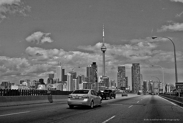 Black & White Friday : Toronto Skyline