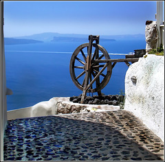 Santorini : Stradine di pietra per raggiungere casa e tanti gradini