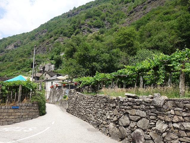 Grotto  Rodai, Giornico TI, nicht mehr Italien, aber sehr gut!