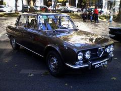 Alfa-Romeo 2000 Berlina (1974).
