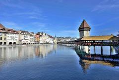 Lucerne ... en Suisse Centrale ...(voir la note)
