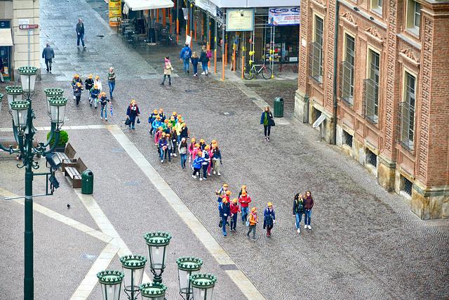 Turin 2017 – Museo Egizio – Schoolchildren on their way to the museum