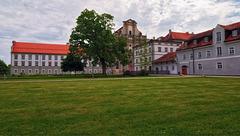 Am Kloster  -  HFF