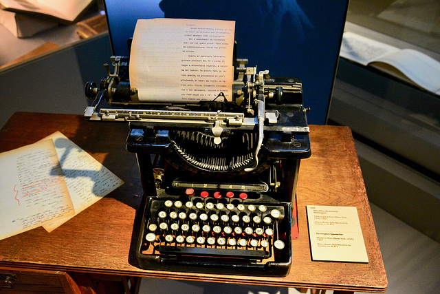 Turin 2017 – Museo Egizio – Typewriter