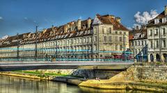 BESANCON: HDR du pont Battant et du tram.
