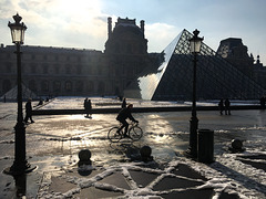 Paris : Le Louvre