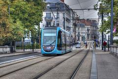 BESANCON: HDR du pont de la République et du tram.