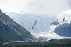 Argentina, Glacier Grande and Icefall
