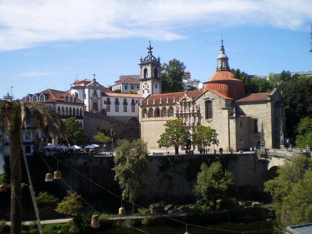 A view across River Tâmega.