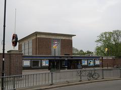 northfields tube station, ealing, london