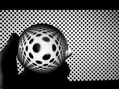 Die Welt in der Kugel #007/Saturday Self Challenge: Contrast