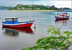 Ilhéus : una coppia di barche rosso/blu : Rodrigo e Feliz Natal