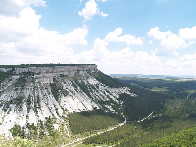 Вид с плато Чуфут-кале