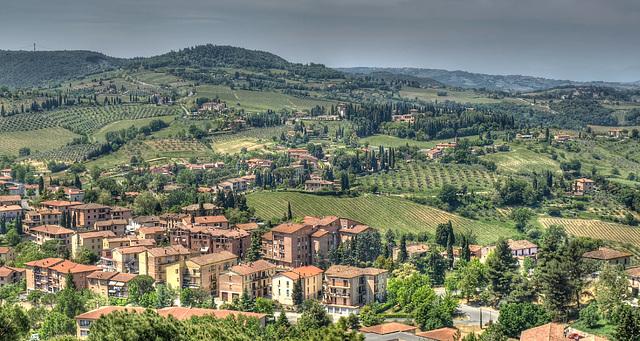 Memories of Tuscany: Towards the vineyards of San Gimignano