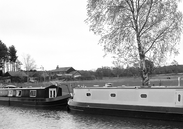 Moorings on the Macclesfield Canal