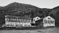 the boarding school of Sarnes