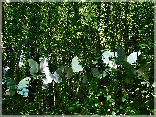 L'art est dans les bois à Pleslin Trigavou (Bretagne)