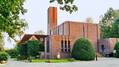 Schwerin, Alter Friedhof, Trauerhalle und Krematorium