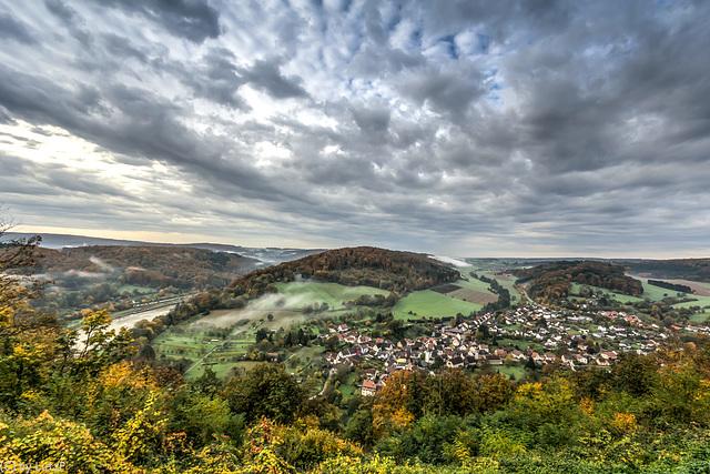 Neckar Valley near Neckargerach - Das Neckartal bei Neckargerach (240°)