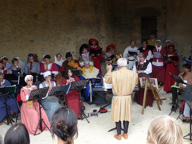 May médiéval à Blandy-les-Tours le 16 mai 2010