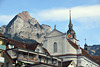 Katholische Kirche St. Martin in Schwyz, im Hintergrund der grosse Mythen