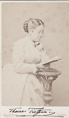 Therese Tietjens by Mayall with autograph