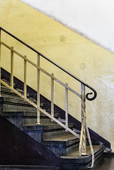Staircase (PiP)