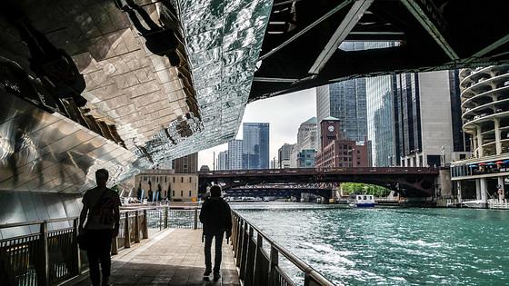 Chicago and its bridges