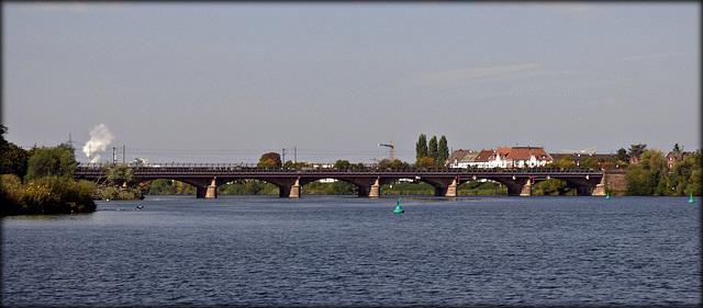 Ladenburger Brücke