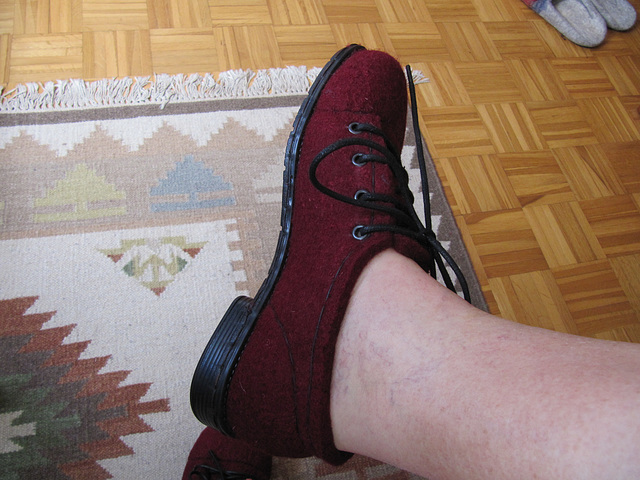 my first felted shoes