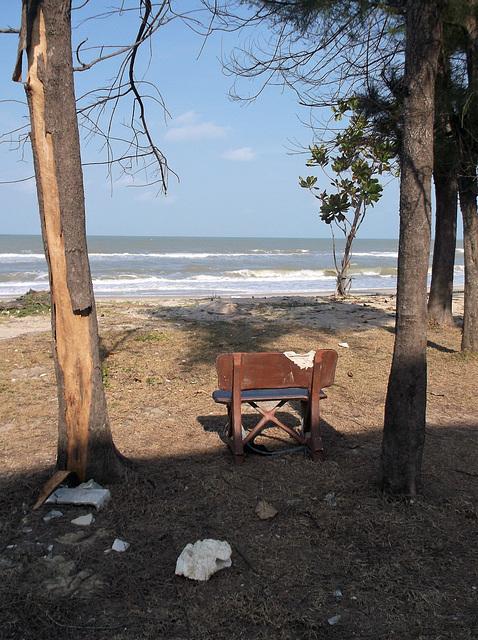 Banc de plage / Beach bench