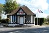 Putot-en-Auge (14) Une des plus petites mairies de France!