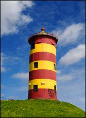 Pilsumer Leuchtturm - bekannt aus dem Otto-Film.