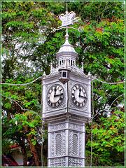 SEYCHELLES : originale orologio in un incrocio strategico di Victoria