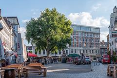 Hans-Albers-Platz