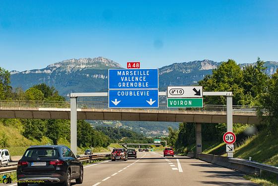 nach Grenoble