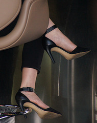 bar stool heels