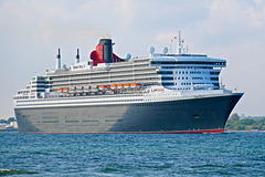 QUEEN MARY 2 sailing from Southampton