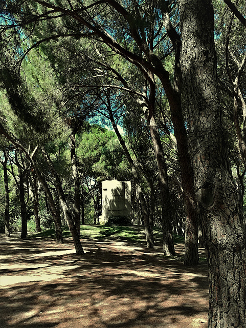 Parque del Oeste, Madrid. Civil War fortifications.