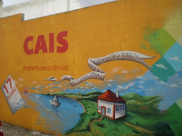 "Murals of ""Cais""."