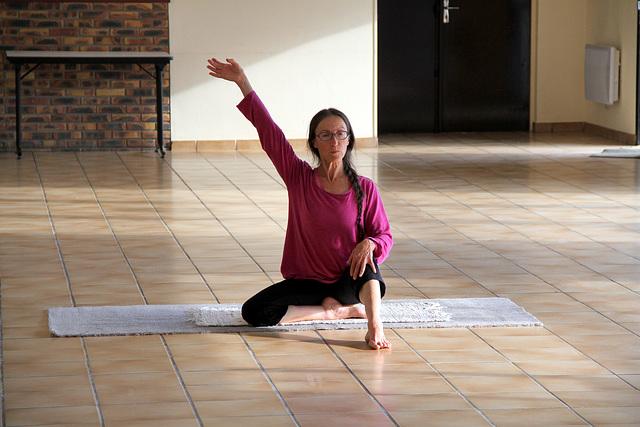 Brigitte professeur de yoga