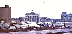Berlin [Ost-Berlin/ Berlin-Est] (D; damals DDR, à l'époque RDA) janvier 1971. (Diapositive numérisée).
